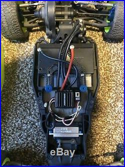 Associated b5m With Servo, Speed Control And Motor Buggy Off-road 1/10 Scale
